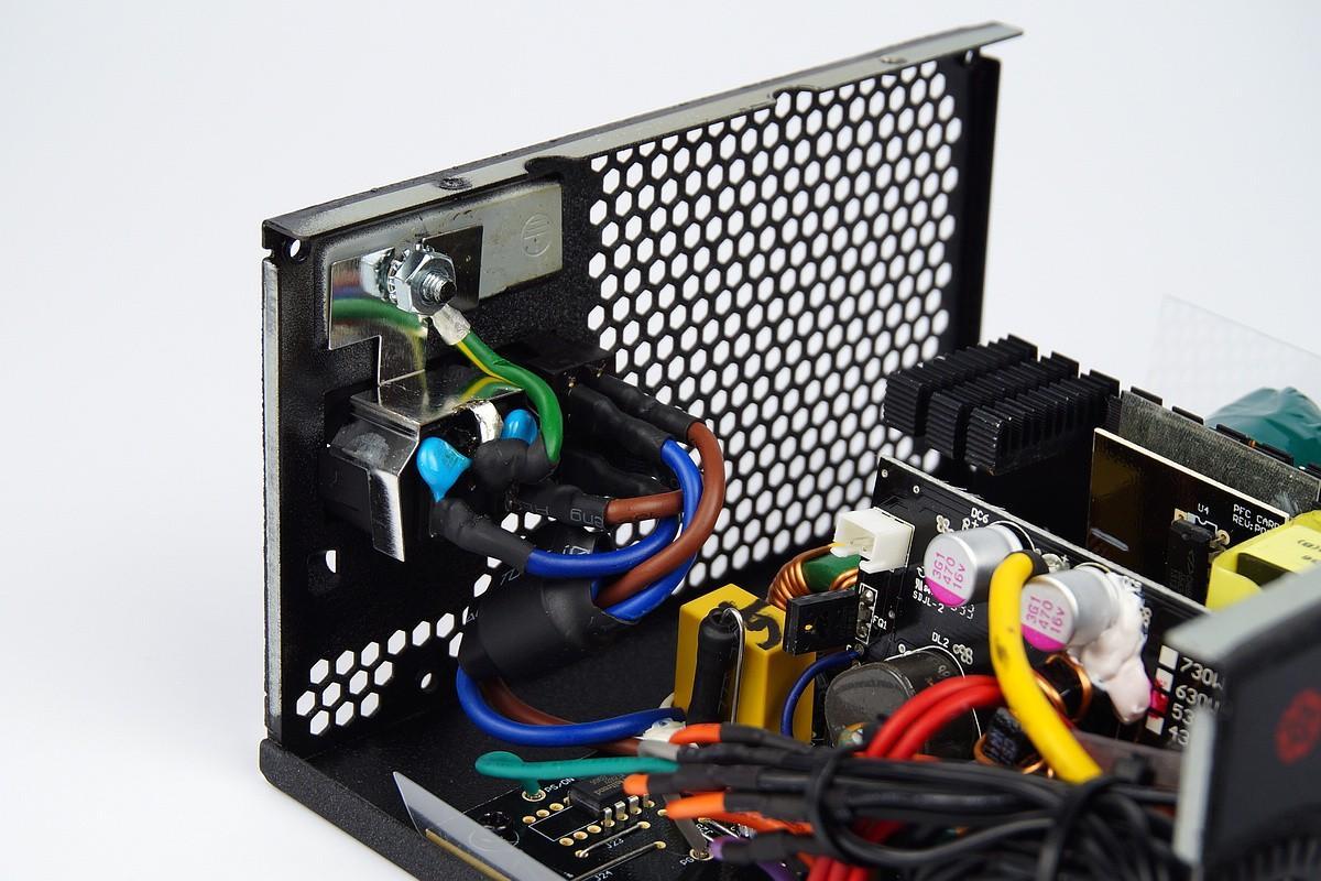 530w 80plus Enermax Revolution Xt 80 Gold Modular Erx530awt Emi530w Acemi1y1