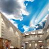 Голубое небо и белые облака 3D обои настенные обои Пользовательские большой пейзаж природы потолок Fresco Living Room Hotel Photo Wallpaper пользовательские потолочные обои синее небо и белые облака фрески для гостиной спальня потолок обои настенные обои