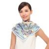 Маргарет Гуччи (MARJA KURKI) большой квадратный шелковый шарф Европа и США ветер осенне-зимние цветы узор шелковые шелковые шарфы синий 1O12R230 марио гуччи marja kurki узкий шарф леди дикий шелковый шелковый шарф желтый серый 1aa900170