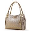 Золотая лиса (FOXER) женская мода мода цепь рельефная кожаная сумка на плечо Европейская и американская дикая женская сумка 938001F2O золото