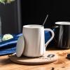 Фарфор душа творческий подарок моды керамическая кружка чашка кофе молоко любовники чашка чашка с крышкой личности чашка офиса воды чашка с ложкой белой спирали кружка птичье молоко