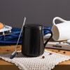 Фарфоровая душа творческая мода подарочная керамическая кружка пара пара чашка кофе чашка чашка персонализированная чашка офисная чашка с крышкой ложка чашка воды шарнирная черная чайная пара с крышкой кобальтовая сетка форма подарочная 2 ифз