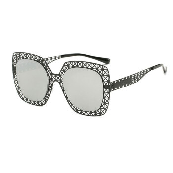 Latest ladies Fashion Sunglasses Women Hollow out Oversized Women Vintage Sunglasses Female Rivet Oversized hollow Sunglasses