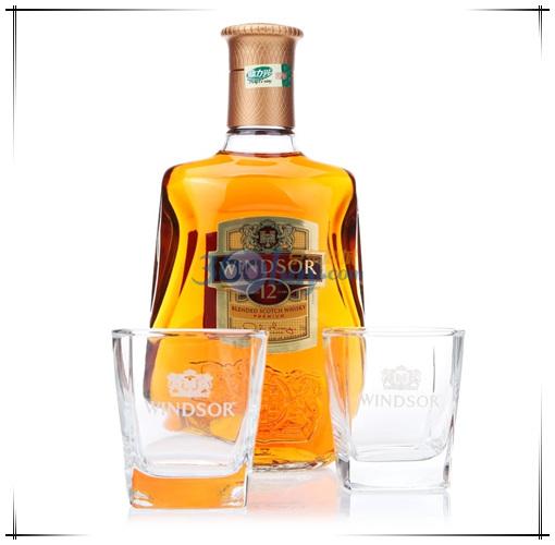 169元免邮费 Windsor 温莎12年调配苏格兰威士忌700ml 双杯礼盒