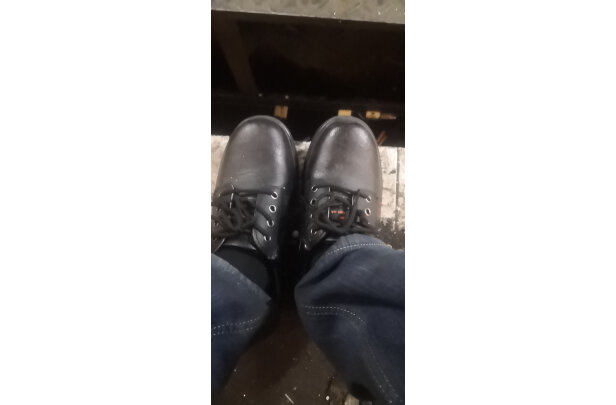 老管家劳保鞋怎么样,质量烂不烂,是不是名表呢