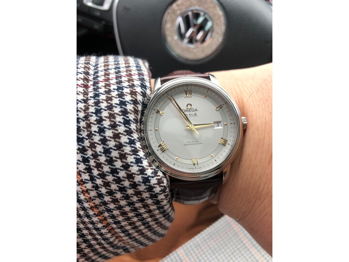 欧米茄(OMEGA)瑞士手表 碟飞系列机械男表424.13.40.20.02.002 怎么样?最新统计用户使用感受,对比分享) 评测 第11张
