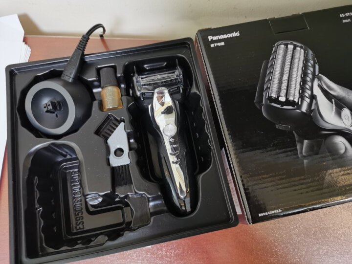 松下(Panasonic)电动剃须刀ES-ST3Q-K405怎么样【官网评测】质量内幕详情 选购攻略 第7张