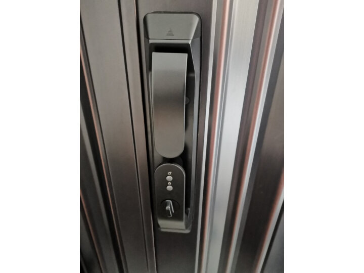 拆机揭秘:德施曼(DESSMANN)全自动智能锁指纹锁 Q3P评测曝光 品牌评测 第2张