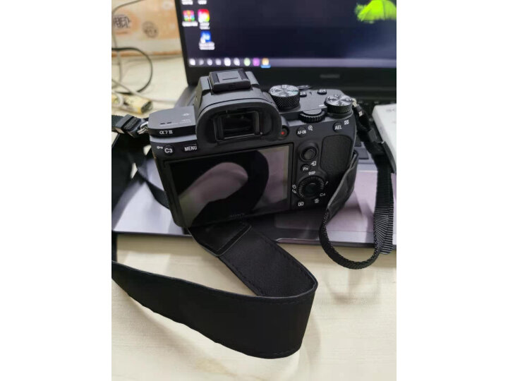 索尼(SONY)Alpha 7 III 28-60mm全画幅微单数码相机好不好,优缺点区别有啥? 选购攻略 第11张