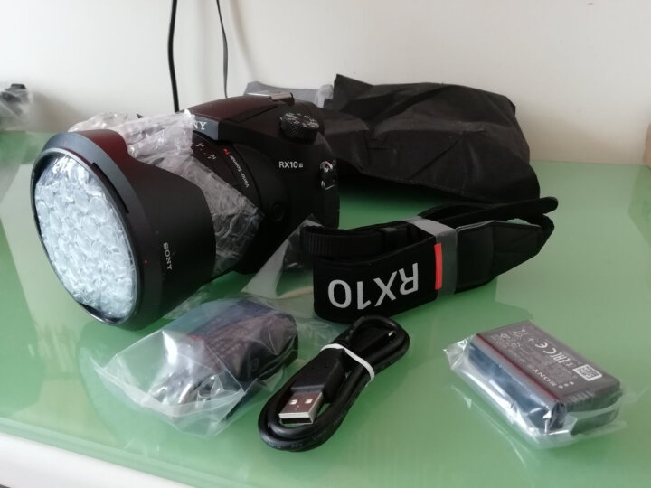 索尼(SONY)DSC-RX10M3 黑卡数码相机怎么样??半个月的使用剖析试试 选购攻略 第6张