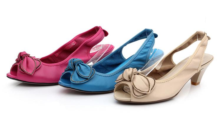 女鞋 2013春季新款蝴蝶结女凉鞋