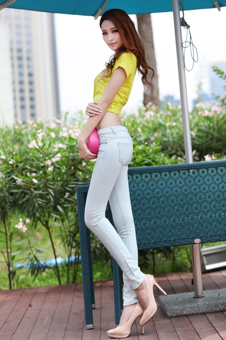 艾尚比尔 超好质量 薄款浅色牛仔裤女 女长裤 韩版紧身显瘦中腰百搭铅笔裤 小脚裤3793 浅蓝色 M/27