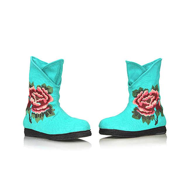 老北京布鞋 时尚绣花女靴