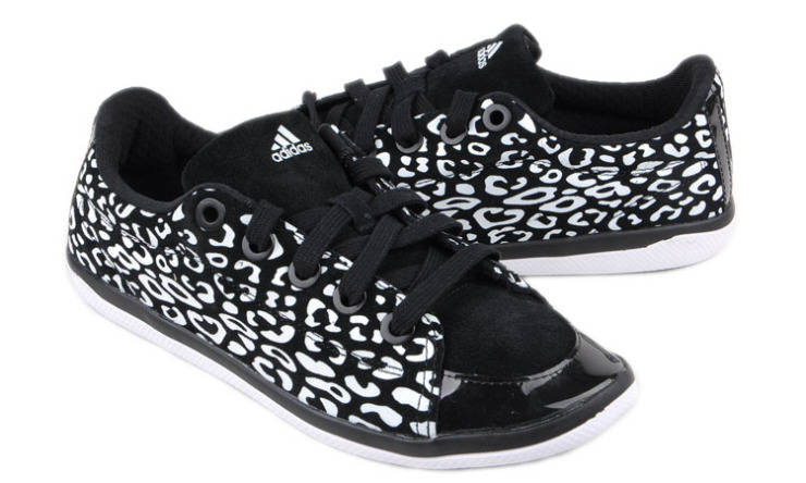 阿迪达斯adidas女鞋训练鞋-v22457