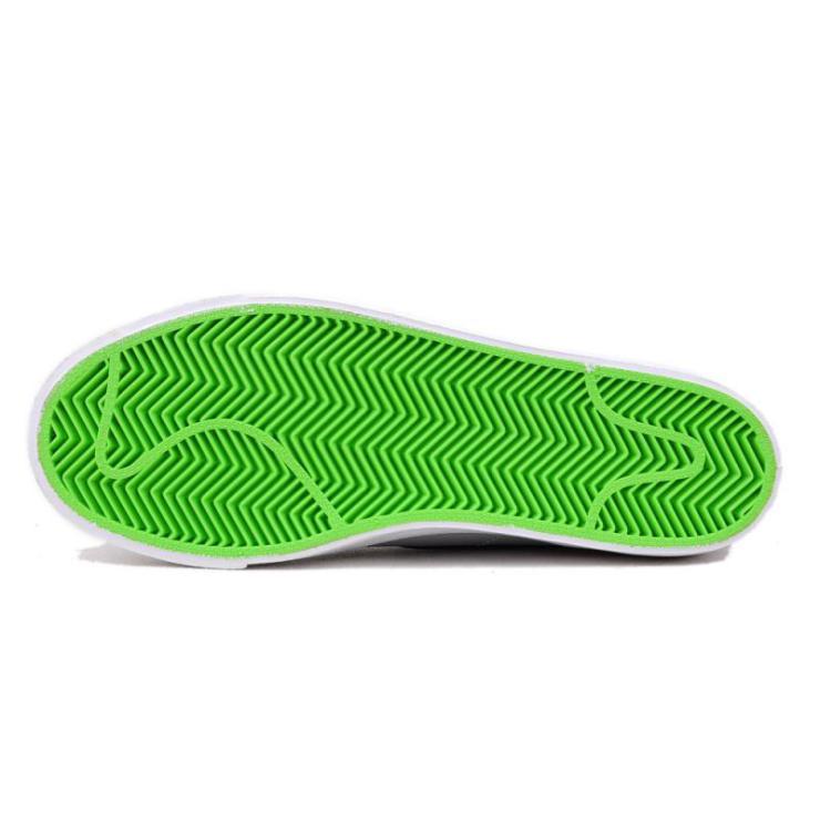 耐克军绿色复古鞋