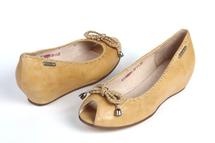 红蜻蜓内增高单皮鞋女鞋