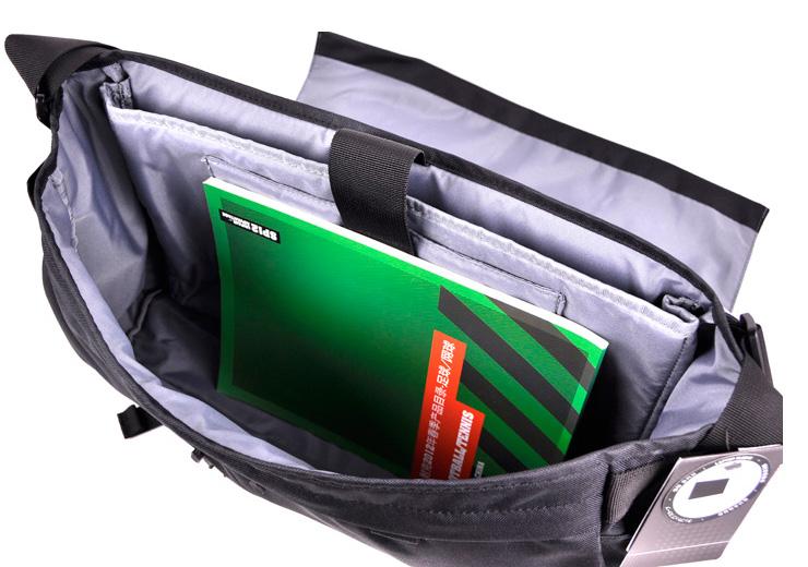 绿色耐克休闲包图片