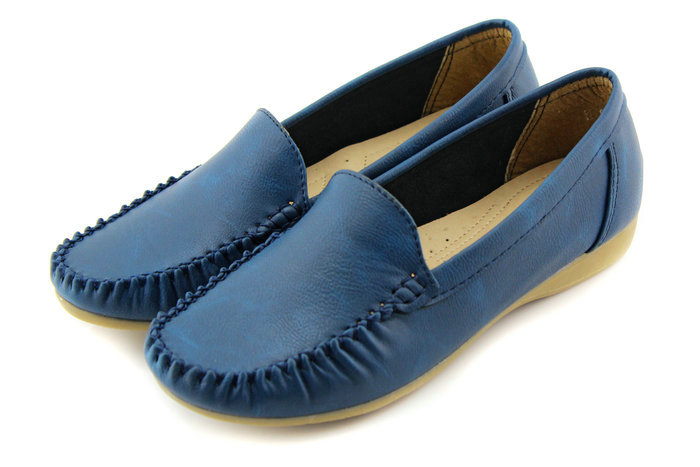 御乐2013新款休闲平底鞋女皮鞋女单鞋平跟鞋妈妈鞋子