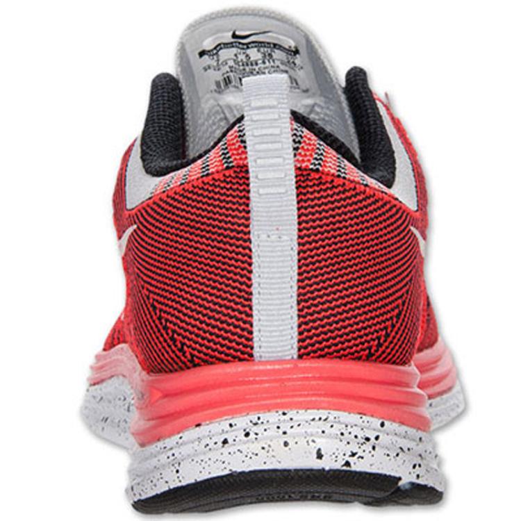 耐克nike女鞋跑步鞋-554888-611