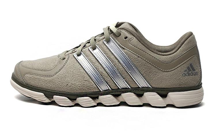 阿迪达斯adidas2014年新款男子耐磨舒适跑步鞋d66748