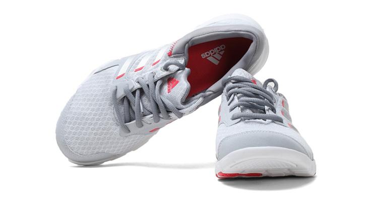 adidas阿迪达斯2013夏季新款女子全能训练鞋q23241