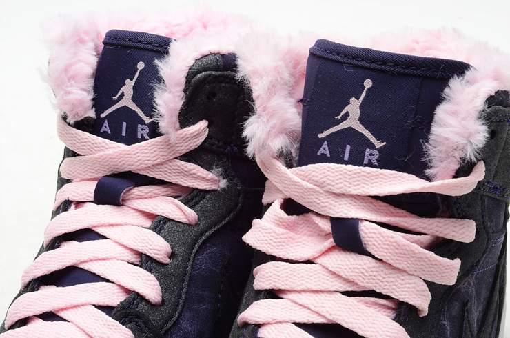 aj女士篮球鞋