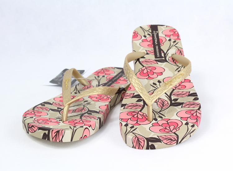 ipanema依帕内玛巴西进口缤纷烂漫花朵平底沙滩拖鞋
