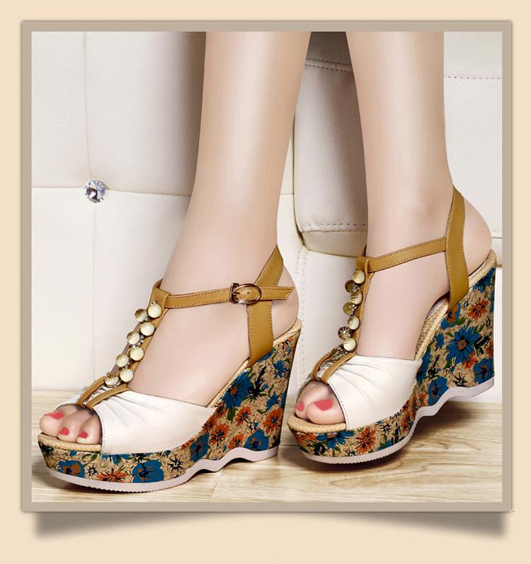 2014夏季女式时尚鱼嘴凉鞋