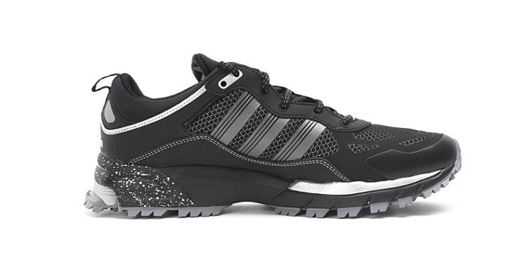 阿迪跑步鞋系列_2阿迪达斯跑步鞋D66222adidas跑步鞋系列