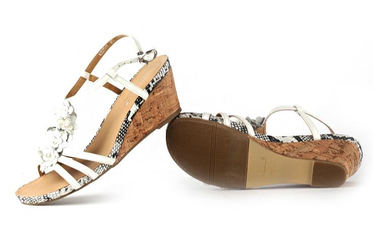 露趾真皮女凉鞋坡跟女鞋
