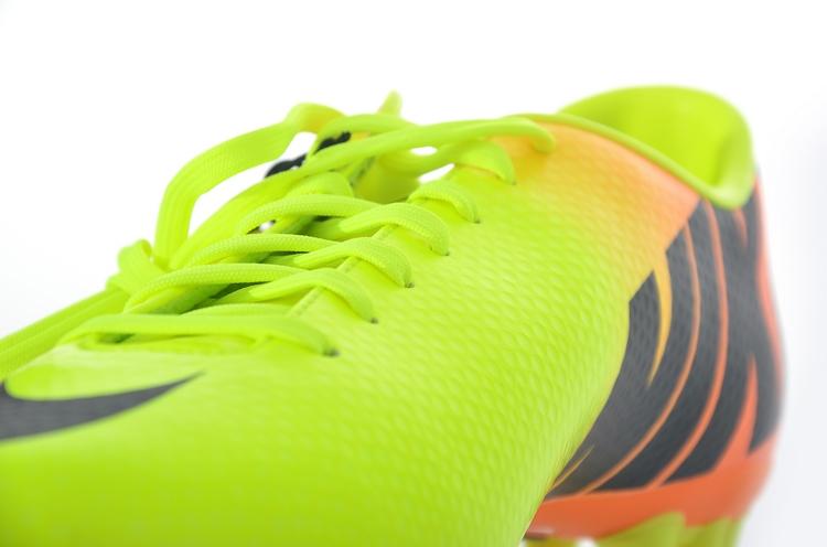 男款足球鞋 ag