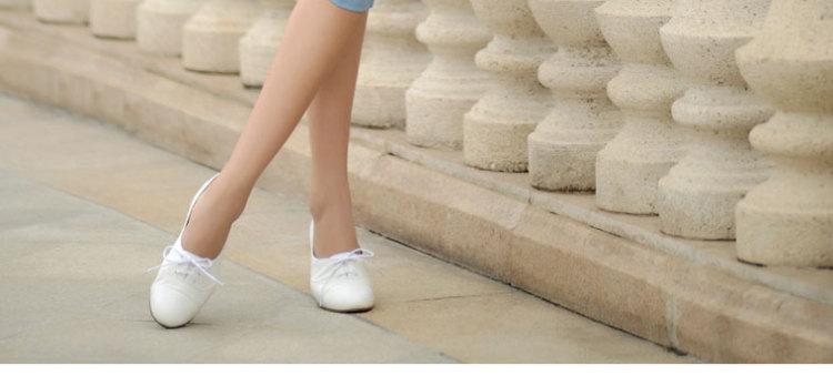 白色休闲鞋女皮鞋
