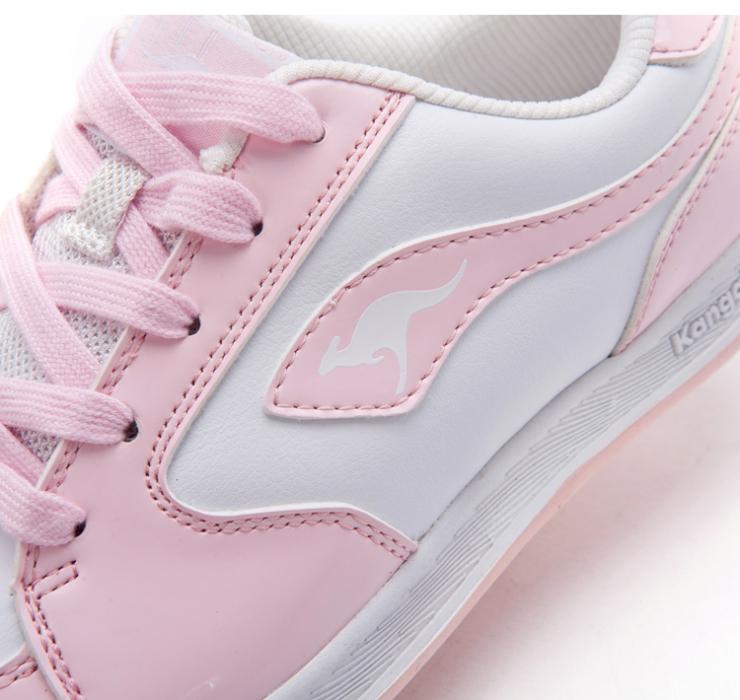 一般比运动鞋尺码大一码