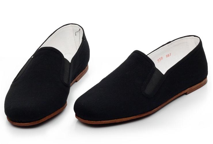 黑色时尚布鞋图片