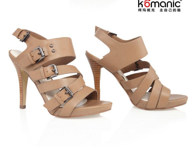 柯玛妮克罗马风真皮女鞋子