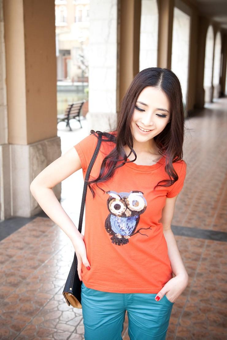 式韩版可爱亮片动物绣花简约纯色T恤DSS22015图片