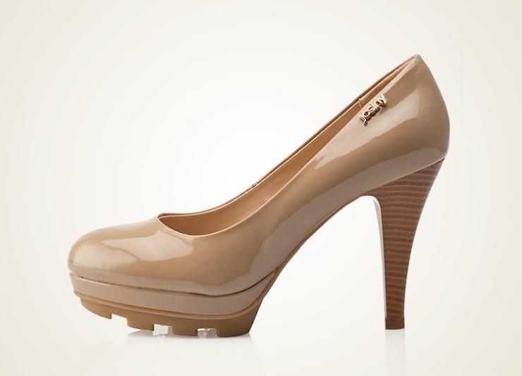 卓诗尼 女鞋新品女士单鞋