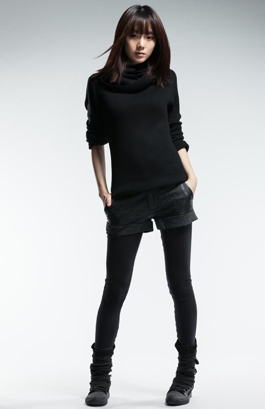 sdeer 女装冬装 皮质拼接挽边短裤2480976 S 价格,圣迪奥 sdeer