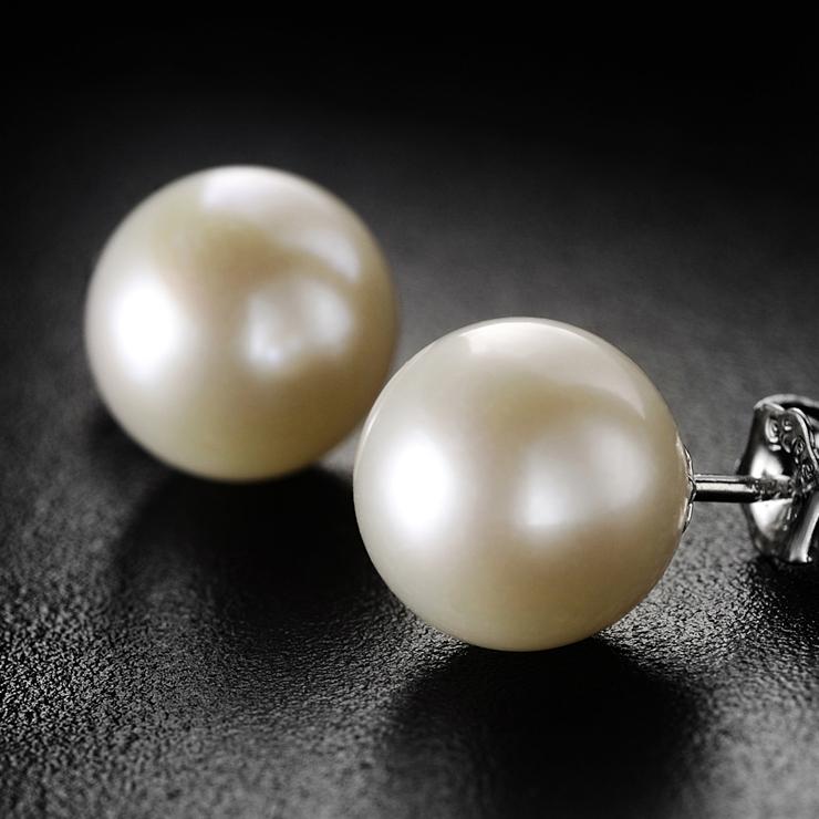 温馨提示:珍珠是天然生成,每颗珍珠的颜色都会所差异!