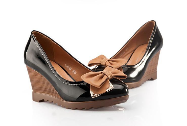 卓诗尼 女鞋 2013新品女士单鞋