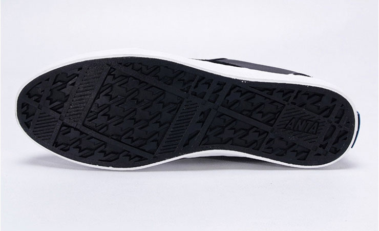 新款简约运动休闲板鞋61142906