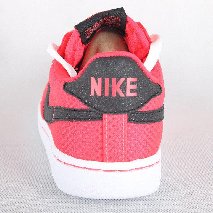 耐克nike 女款复古鞋 legend