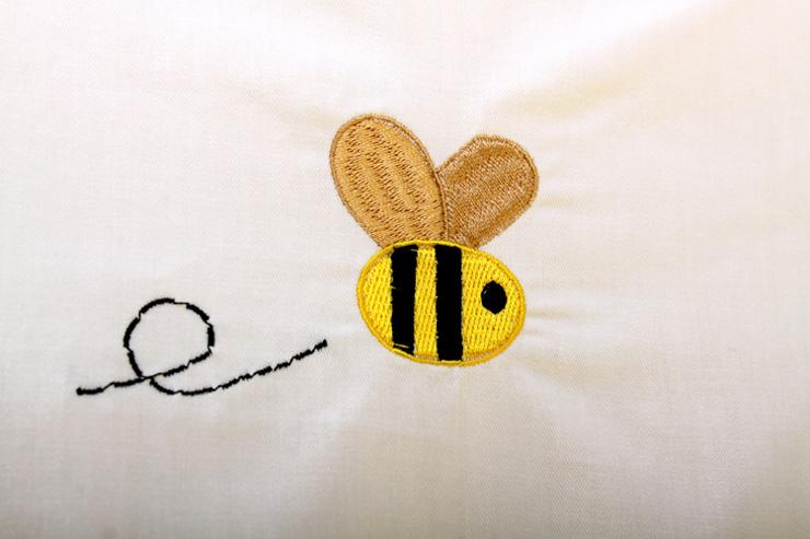 优伴绣花蜜蜂联盟五件套 婴儿活胆床围 可拆洗 床单 浅黄 105 60