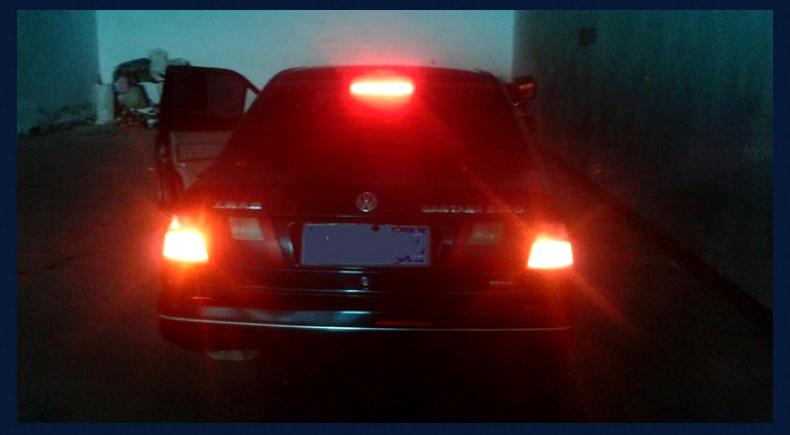 车上报警led爆闪尾灯雾灯灯泡汽车1157/t20凯越后刹车改装灯朗动荣威3新蒙迪欧被碰会生活吗图片