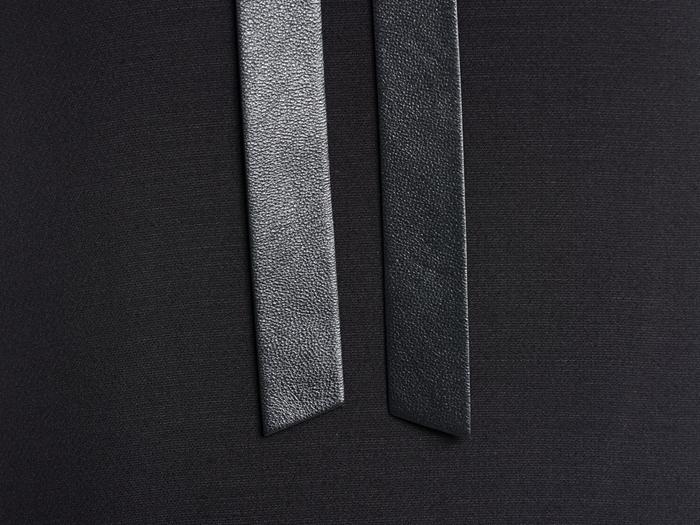 华伦天奴 女款无袖连衣裙 jb3va3t5-1cf 黑色 40