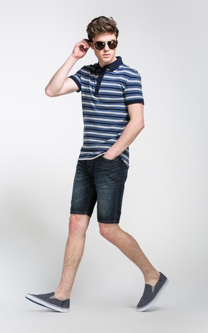 男装模特搭配衣服造型