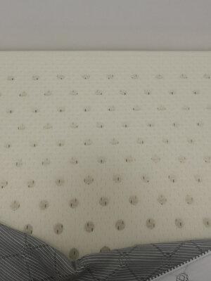 金橡树乳胶床垫怎么样