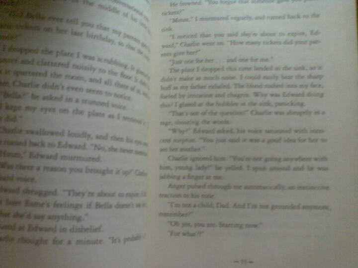 The Twilight Saga: Eclipse (International Edition)  暮光之城:月食(国际纸皮版) 晒单图