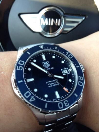 国内好价:Tag Heuer Aquaracer Calibre 5 Automatic Mens Watch WAN2111.BA0822 豪雅TAG Heuer竞潜系列自动机械男表WAN2111.BA0822-奢品汇 | 海淘手表 | 腕表资讯