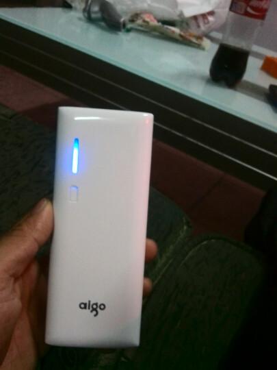 爱国者(aigo)10000毫安 K112 双USB输出 LED强光手电 苹果/安卓通用 移动电源/充电宝 白色 晒单图